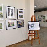 Выставка творческих работ учащихся детских художественных школ  и художественных отделений школ искусств  «Новогоднее волшебство»