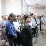 Взрослые – детям:  открылась выставка пленэрных работ преподавателей